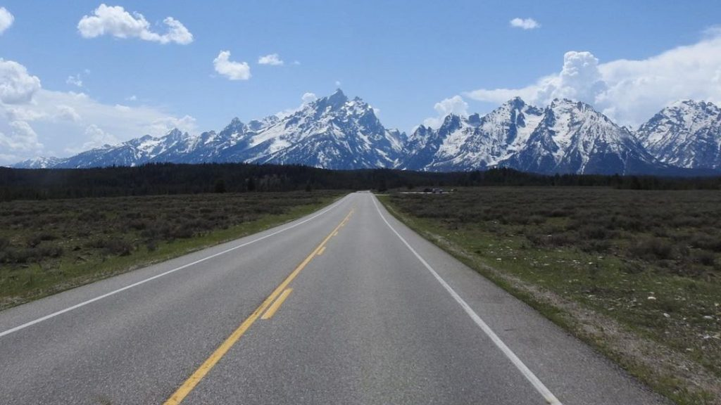 Best Time of the Year for Driving Tour in Grand Teton National Park